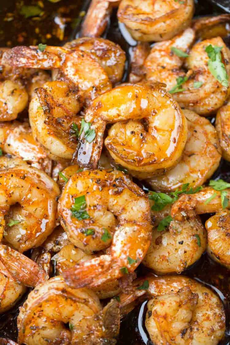 Simple garlic butter sautéed shrimp recipe.