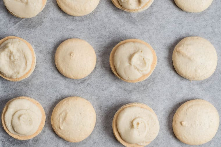 How to fill the baked macaron shell with the filling.